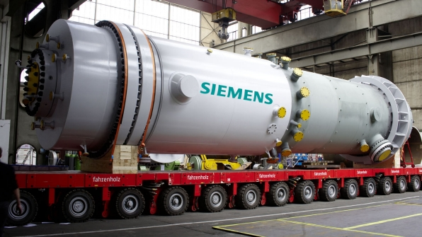 Siemens to supply power-hungry Egypt with wind power, gas