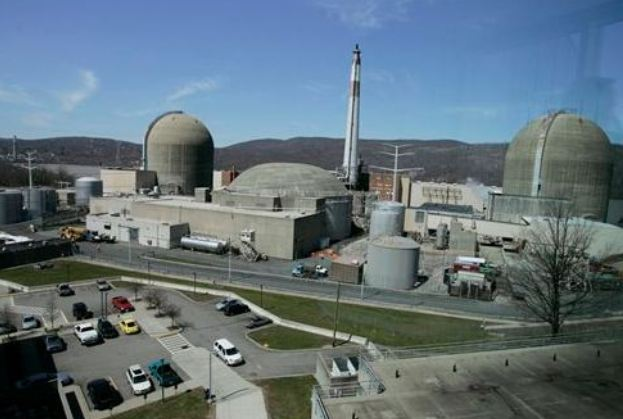 Entergy can operate Indian Point 3 through license renewal process