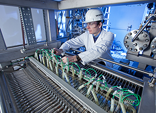 Siemens Plans Electrolyzer System To Store Wind Power As