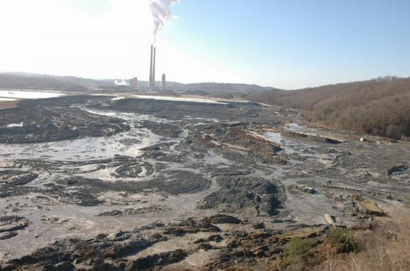 Tennessee Valley Authority TVA Kingston coal-fired Fossil power plant coal ash spill 2008 cleanup