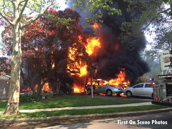 Crews respond to fire that destroys jericho ny house for Jericho house