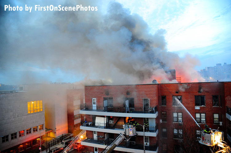 Fdny Firefighters Respond To Alarm Queens Ny Apartment Fire