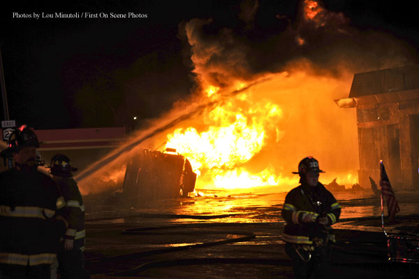 NY Firefighters Extinguish Fuel Tanker Fire