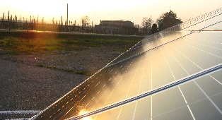 Upsolar Aides Italian Earthquake Victims with Solar Electricity