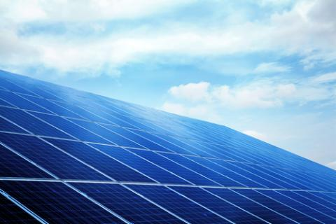 Efficiency Is Not Effectiveness: How the Cost Reduction Race Hurts the Value of Solar