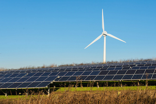 Hybrid Solar And Wind Systems Attract Turbine Makers In